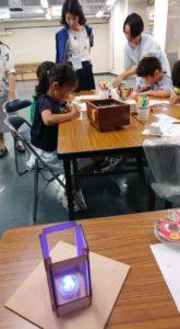 学生の作った電子灯籠が大活躍!