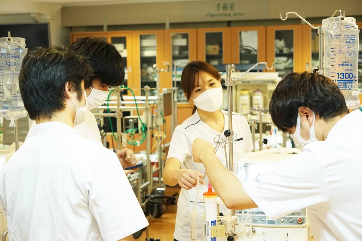 臨床工学科 人工透析のプライミングや体外循環について学びました!